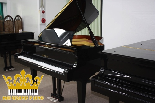 ĐÀN GRAND PIANO YAMAHA G1E